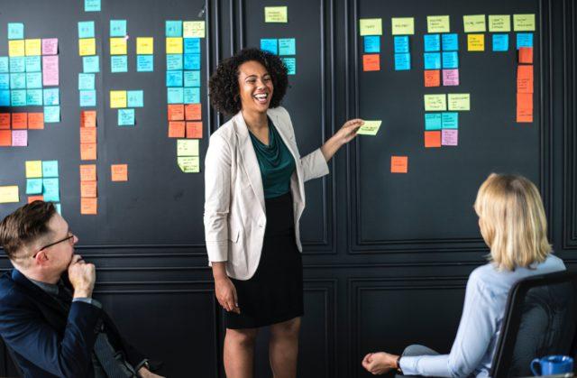 Pourquoi un bon leader sait parler en public